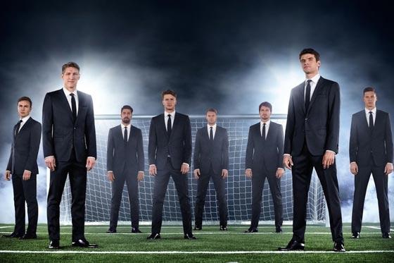 德男模队写真 猪总二勒玩转西装 足球