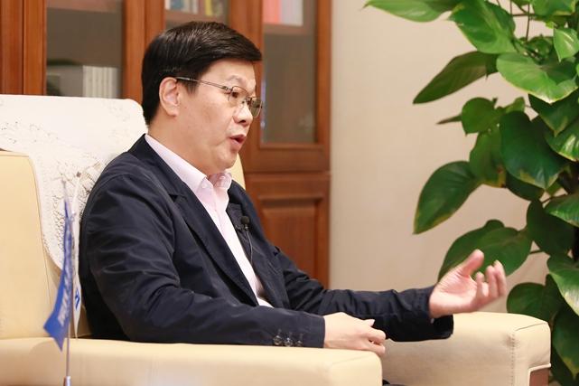 受這次疫情影響,很多中小企業面臨著很多困難,因此,北京文投集團按照北京市委市政府的部署,從初期就專門研究如何應對,不僅是我們集團本身如何應對,也包含著如何為這些文化企業紓難解困。