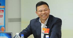 對話鄭堅江:擁抱變化 轉型升級