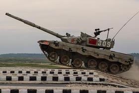 """中國""""坦克兩項""""代表隊在俄首賽告捷"""