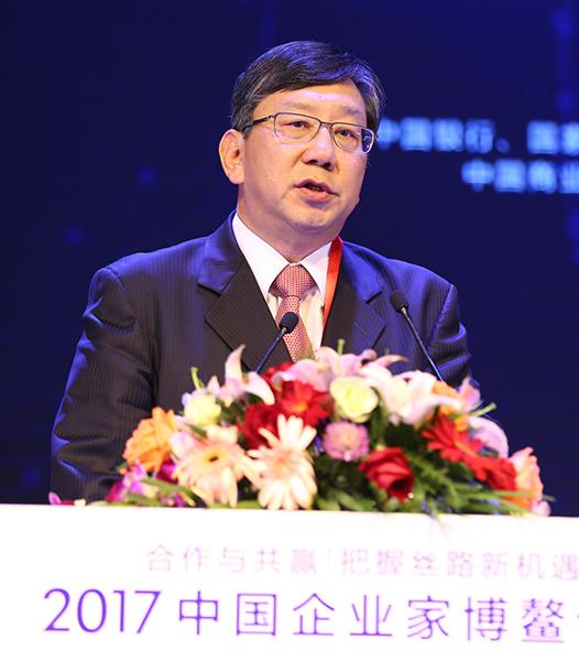 康師傅控股有限公司中國區董事長賈先德做主旨演講