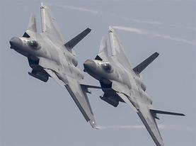 殲-20戰機進行展示 震撼獻禮空軍成立紀念日