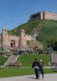 絲綢之路上的古城——吉薩爾城堡