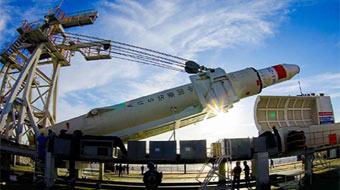 我國首次固體運載火箭海上發射試驗成功