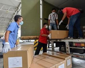 阿裏巴巴向馬來西亞捐贈防疫物資