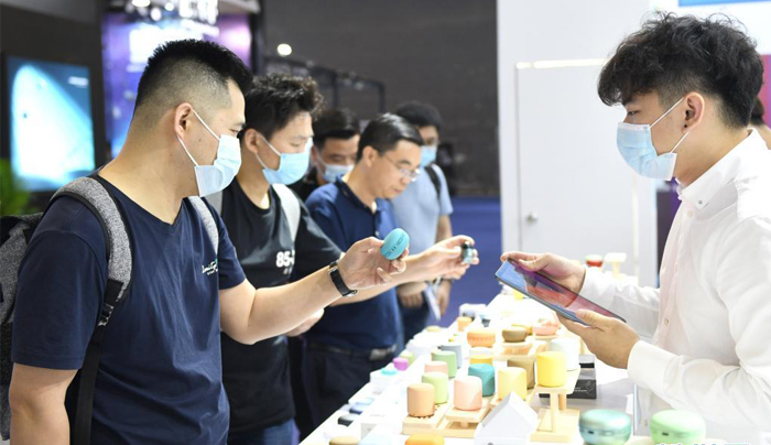 首屆廣州國際電子及電器博覽會開幕(組圖)