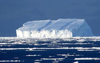 美麗南大洋冰山
