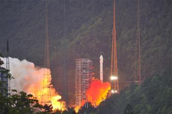 實踐十三號衛星成功發射 開啟中國通信衛星高通量時代