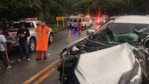 11名中國遊客在泰國清邁遇交通事故受傷