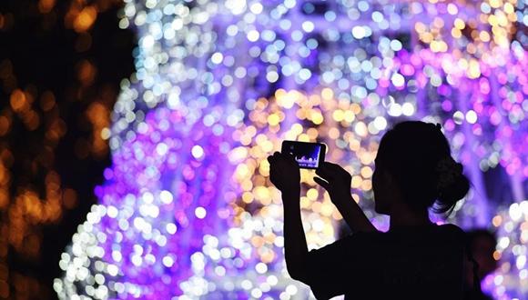 泰國曼谷:浪漫彩燈秀