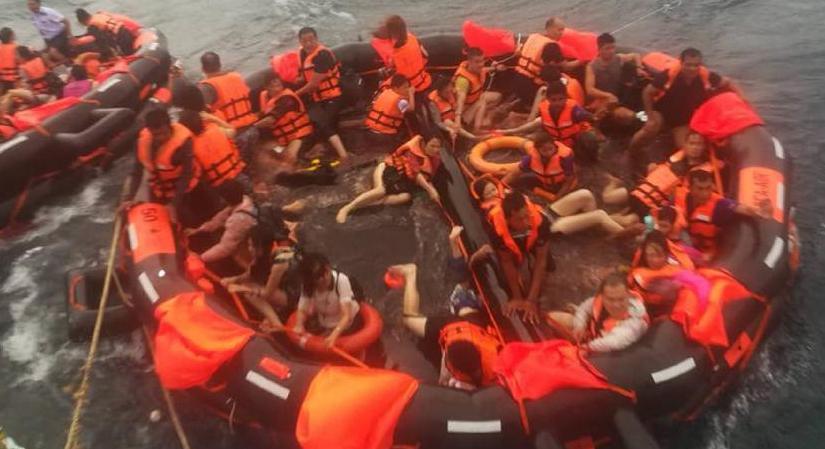 泰國普吉府翻船事故已造成1名中國遊客死亡