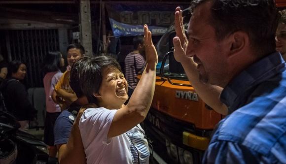 泰民眾慶祝被困洞穴少年獲救