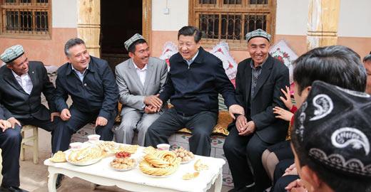 习近平总书记在新疆考察