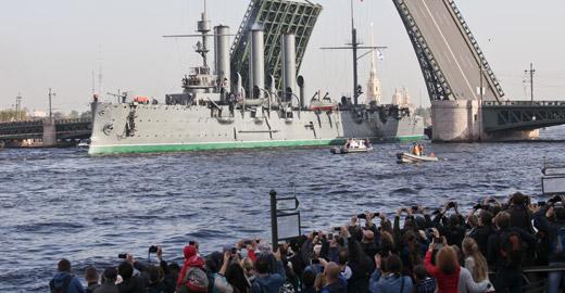 """俄""""阿芙樂爾""""號巡洋艦維修 曾打響十月革命第一炮"""