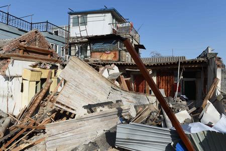 北京市規劃委回應德內大街塌陷:業主挖洞違規