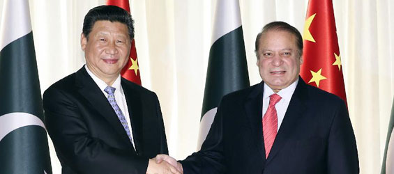 President Xi holds talks with Pakistani PM Sharif in Islamabad