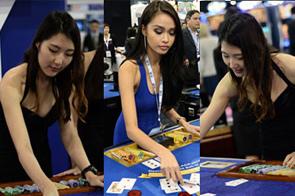 2015亚洲国际娱乐展:美女荷官吸睛