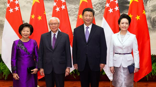 習近平舉行儀式歡迎新加坡總統陳慶炎訪華