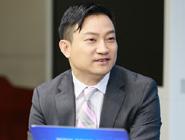 愛康集團董事長兼CEO張黎剛