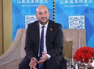 盧森堡副首相兼經濟大臣施耐德