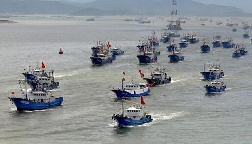 黄渤海东海海域开渔 千帆出港场面壮观