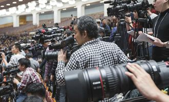 記者在會場採訪