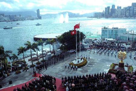 今年7月1日香港將迎來回歸祖國20周年,這是一件大事、盛事