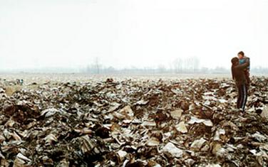 謝智波:治理垃圾場 推動資源回收