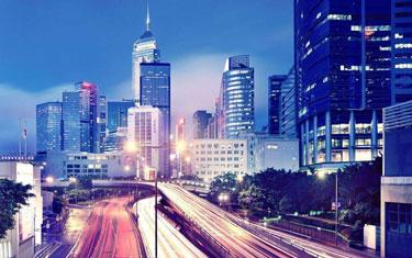加速香港與內地融合發展