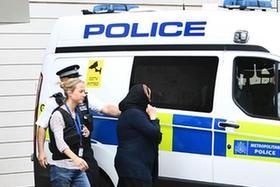 英國警方在倫敦恐襲後拘捕12人