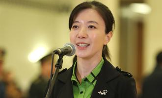 薛瑩代表接受採訪