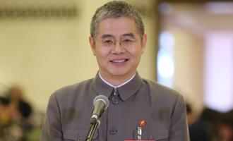 胡偉武代表接受採訪