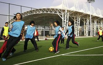山東濱州:足球小鎮過寒假