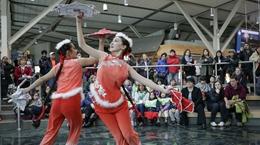 温哥华机场庆祝中国农历新年