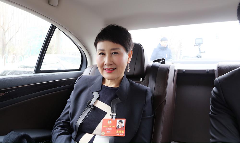 張凱麗7日做客新華網兩會直達車訪談