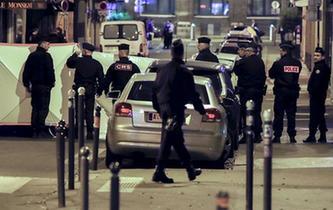 """""""伊斯蘭國""""宣稱制造了巴黎持刀襲擊事件"""