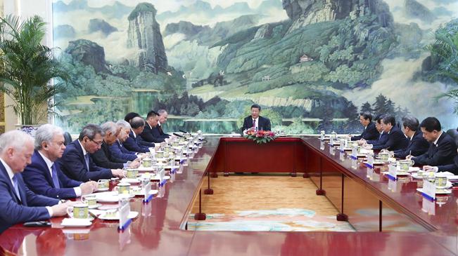 习近平集体会见上海合作组织成员国安全会议秘书会议外方代表团团长