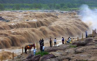 黃河壺口瀑布水量增多