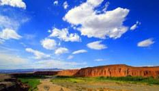 新疆托克遜天山紅河谷妖嬈奪目