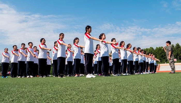 新华社评论员:培养担当民族复兴大任的时代新人
