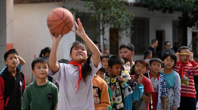 廣西都安:最美的是學校