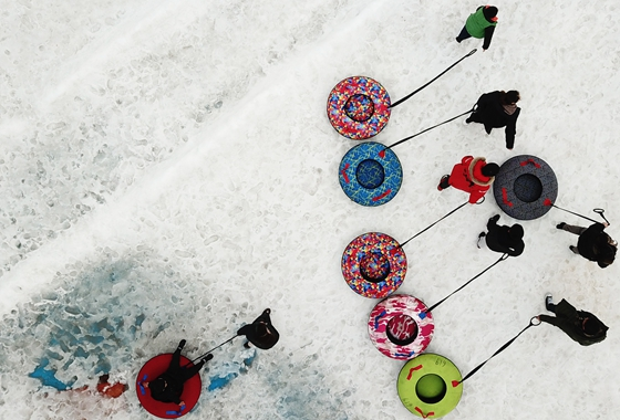 冰雪世界度新春