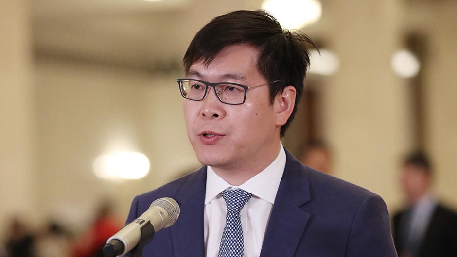 全國人大代表姚勁波接受採訪