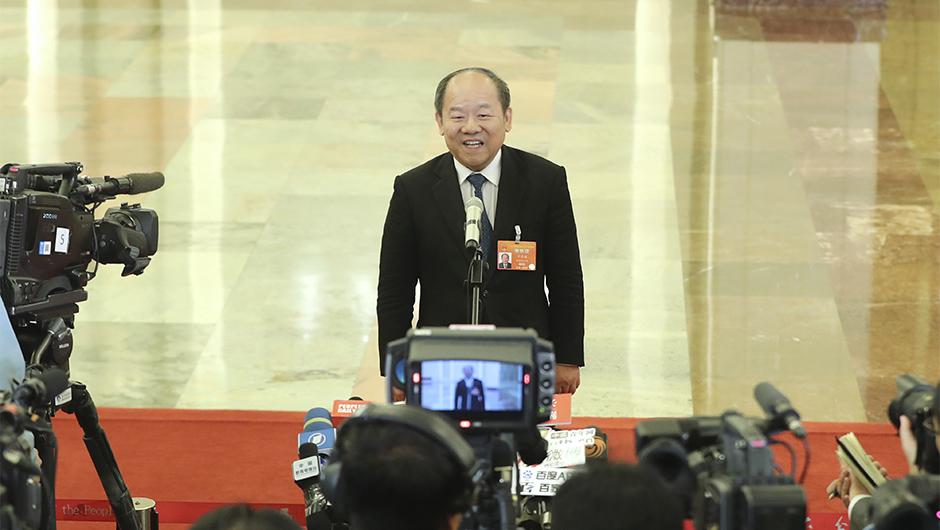 國家統計局局長寧吉喆接受採訪