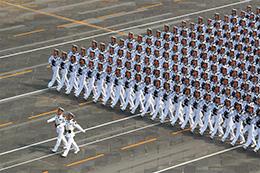 海军方队:共和国新一代水兵接受检阅