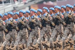 维和部队方队首次亮相国庆阅兵