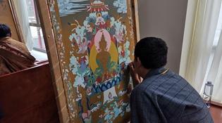 寻访暮秋藏乡里的唐卡画师