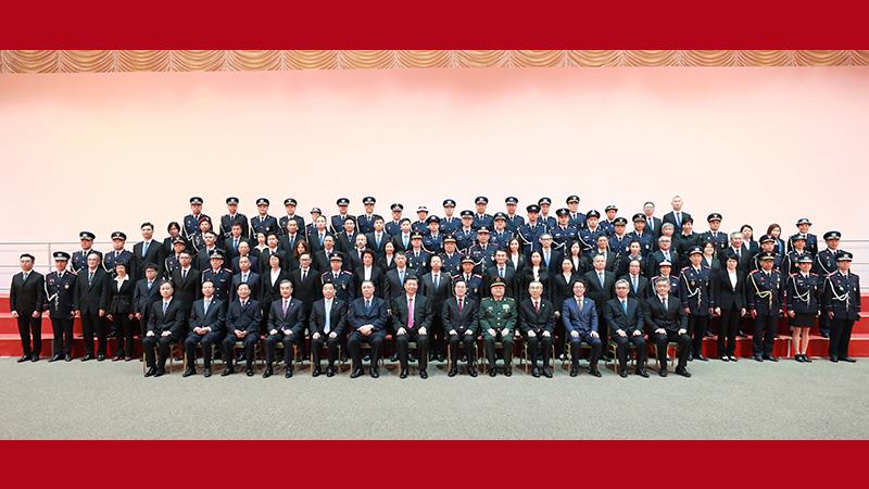 習近平會見澳門特別行政區紀律部隊代表