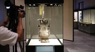 """""""故宫文物修复展""""在港举办 展现文物与科技融合"""
