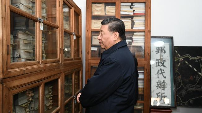 新華社獨家視頻 習總書記剛去看過的鄉村圖書館啥樣